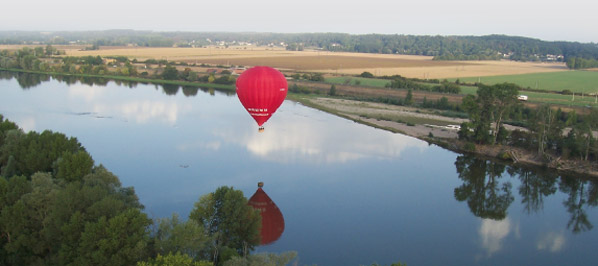 Flying balloon above the Loire Valley
